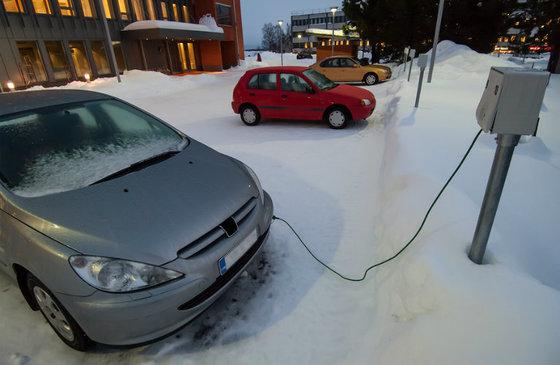 car plugged into block heater